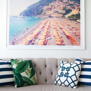Celebrate summer with a @graymalin Italy beach print on sale…