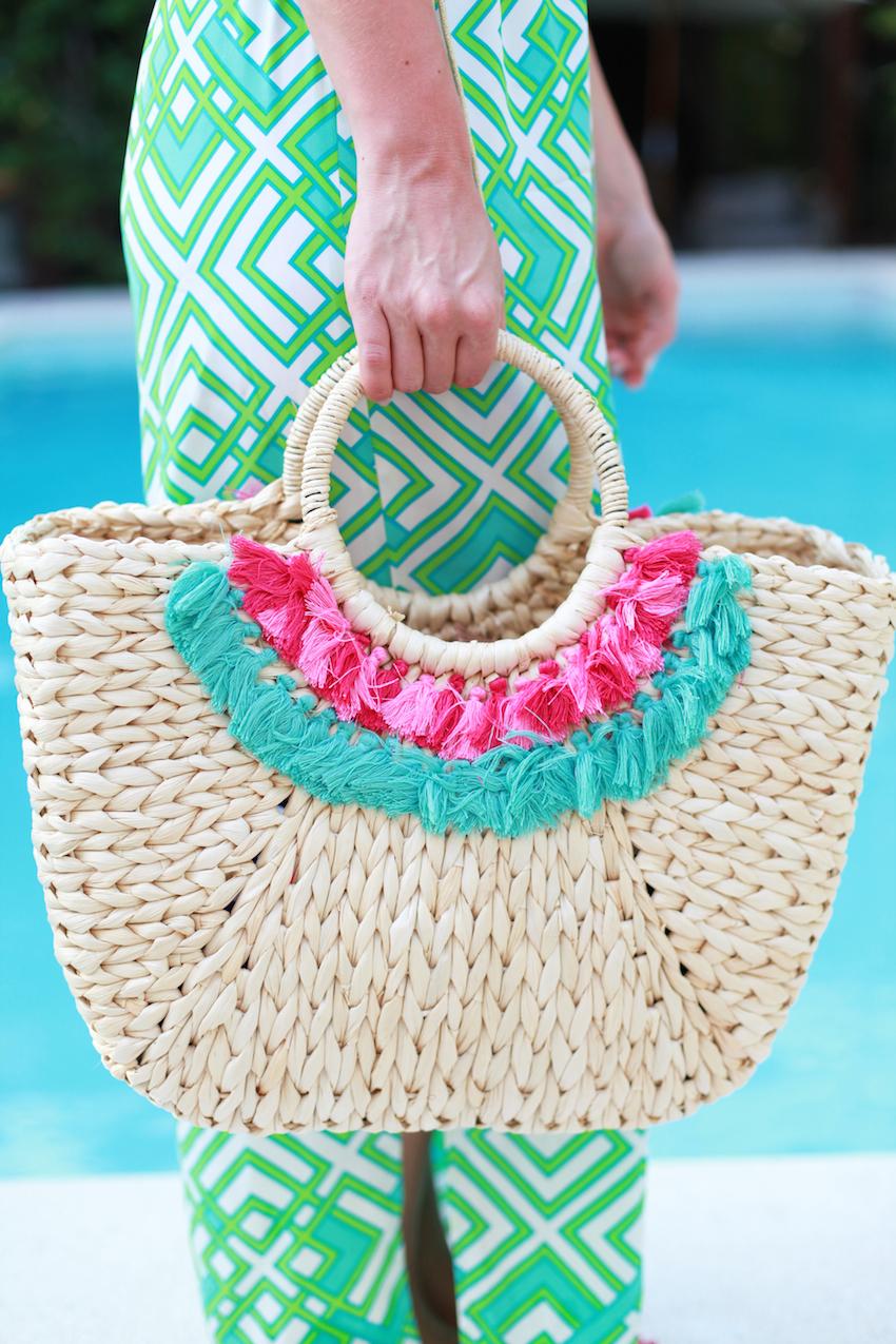Vineyard Vines beach bag