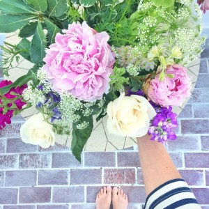 Decorating my dad's deck for our BBQ today! These flowers…