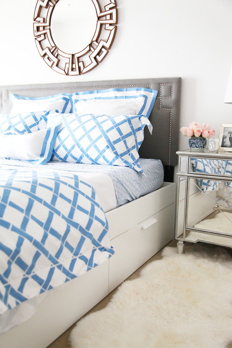 Blue and white bedding - Pretty Summer Bedding