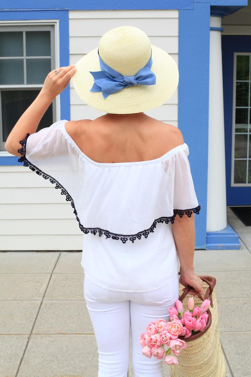 Julia Dzafic in a summer hat