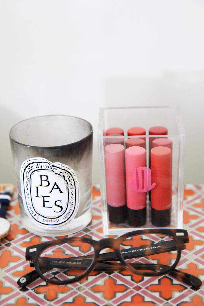 lipstick-storage